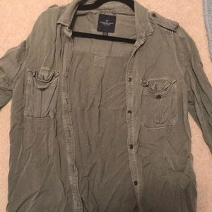 American Eagle army green collared shirt